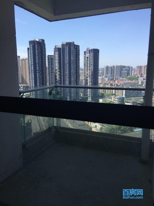 虹桥国际 3室2厅2卫 一线江景房